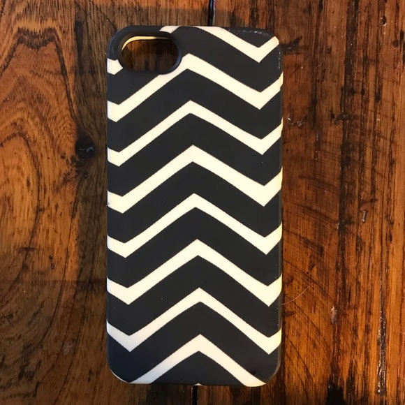 JCREW: black and white iPhone 5 case